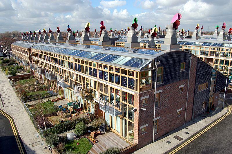 Fot. Wikimedia. Ekologiczne osiedle BedZED w Londynie