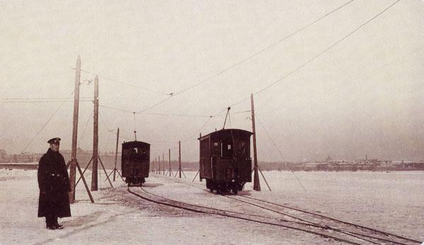 Piter_ice_tram
