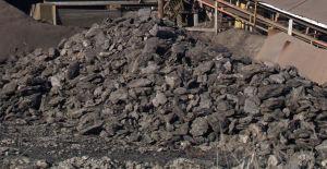 Węgiel brunatny z kopalni Chukurowo w Bułgarii. Autor Edal Anton Lefterov. Źródło Wikimedia. CC BY-SA 3.0