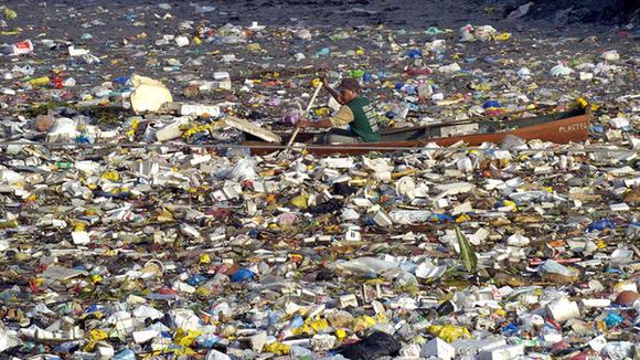Wielka Plama Śmieci na Pacyfiku. Źródło Change.org