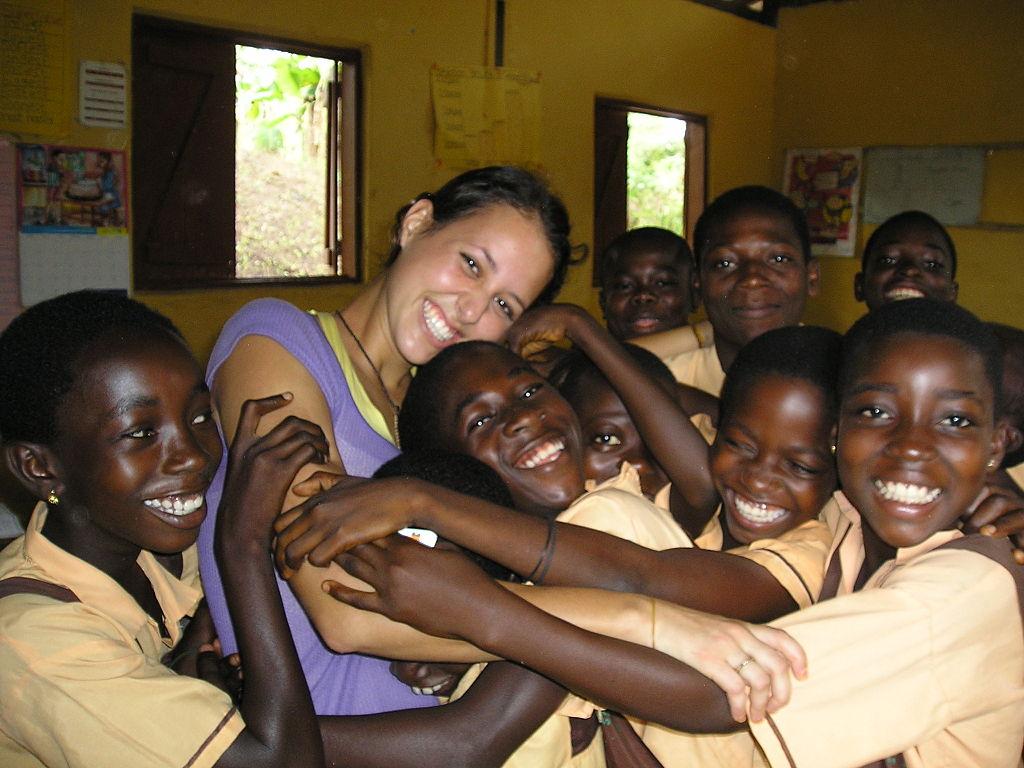 Wolontariat w Ghanie.  Przygotowanie ochotnika ma duże znaczenie dla efektów projektu także po jego wyjeździe. Autor Lattitude Canada. Źródł