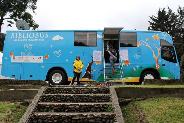 Mobilna biblioteka w Bogocie w Kolumbii, fot. Catalina Mendoza, CC by-sa 3.0