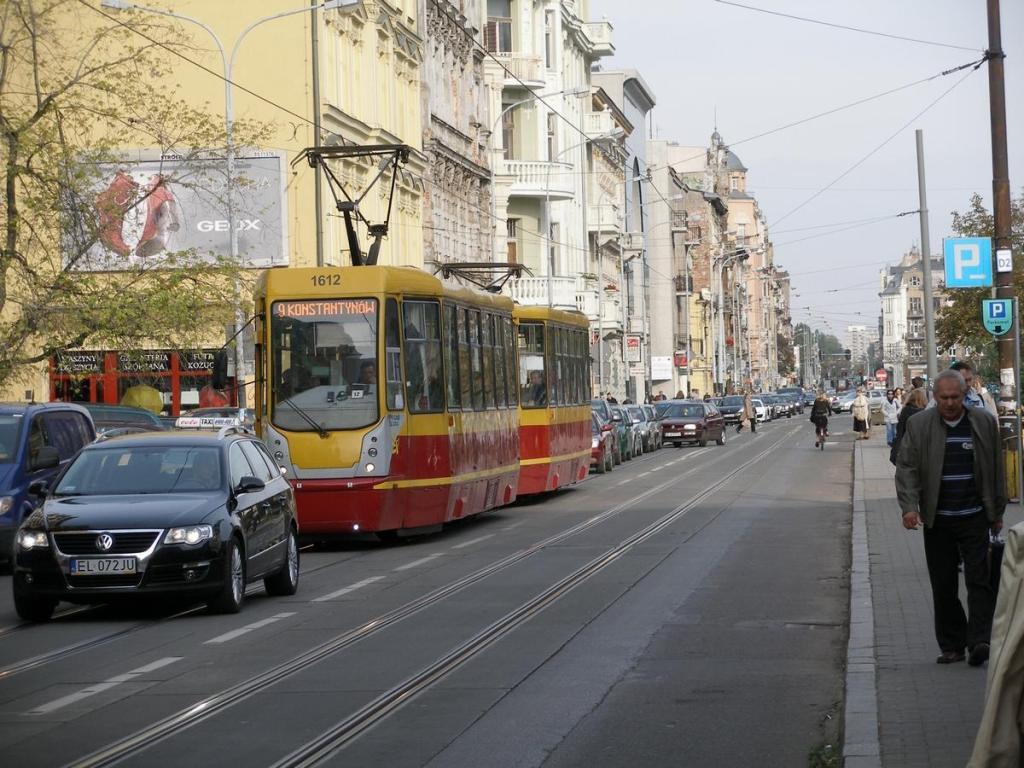 Ulice Zielona i Narutowicza w Łodzi są notorycznie zakorkowane przez samochody